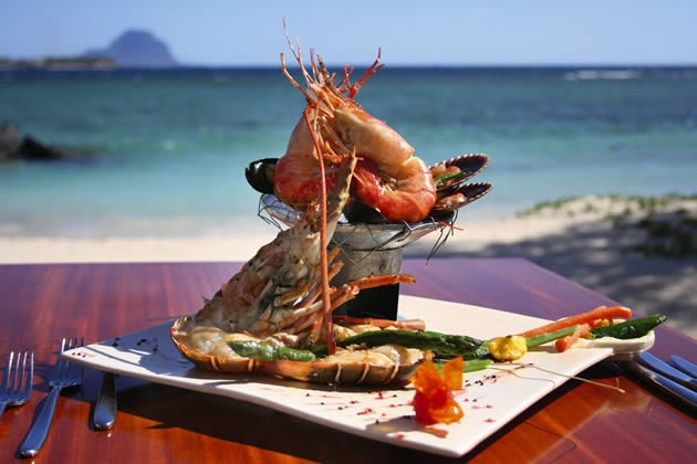 Yummy seafood photo by bookmauritius.com